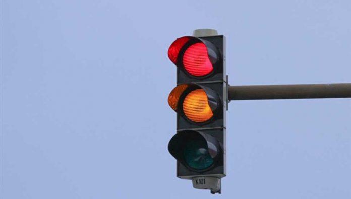 elektrik kesintisi trafik ışıkları