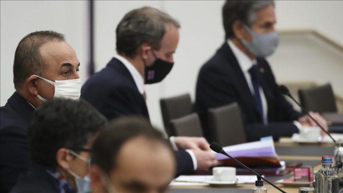 Bakan Çavuşoğlu, NATO dışişleri bakanlarının