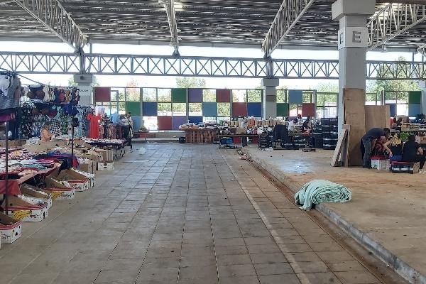 Mağusa'da pazar esnafı