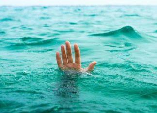 Havuzda yüzerken boğuluyordu